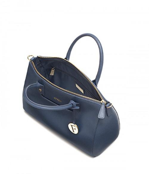 Сумка Furla Linda 834156 с карманом на передней стенке светло-синяя