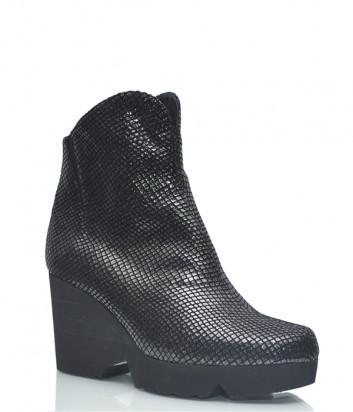 Замшевые ботинки Thierry Rabotin 2160 на меху черные с лазерной обработкой