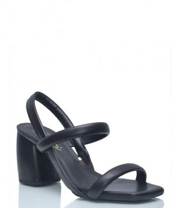 Кожаные босоножки Renzi 562101 на широком каблуке черные