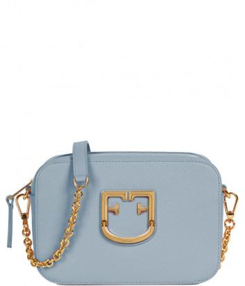 Компактная кожаная сумка Furla Brava 1054526 на цепочке голубая