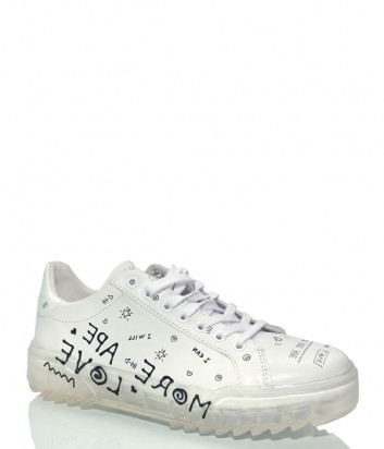 Белые кожаные кеды APEPAZZA 01 с надписями