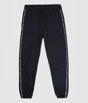 Спортивные штаны CALVIN KLEIN Jeans J30J316498 черные с надписями