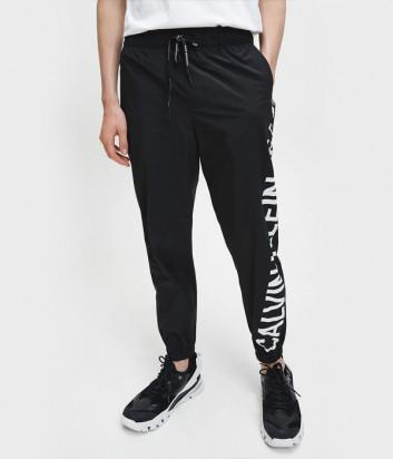 Спортивные штаны CALVIN KLEIN Jeans J30J316501 черные с надписями