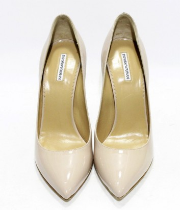 ... Классические туфли лодочки Emporio Armani из лаковой кожи цвета пудры  ... 76dfe3726f2
