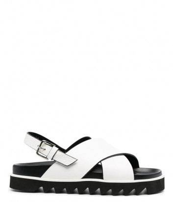 Кожаные сандалии P.A.R.O.S.H. FUSHOE D070155 с перекрестными ремешками белые