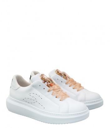 Кожаные кроссовки TOSCA BLU Agata SS2101S006 белые с декором