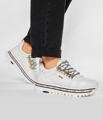 Кожаные кроссовки LIU JO Maxi Wonder 22 BA1065 P0102 белые с декором