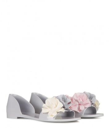 Серые шлепанцы MENGHI 908 декорированные цветами