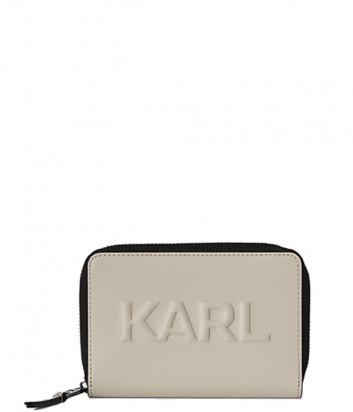 Кожаное портмоне KARL LAGERFELD 211W3217 с тисненным логотипом бежевое