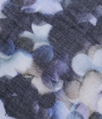Женский теплый шарф 813 Ottotredici с нежным цветочным рисунком синий
