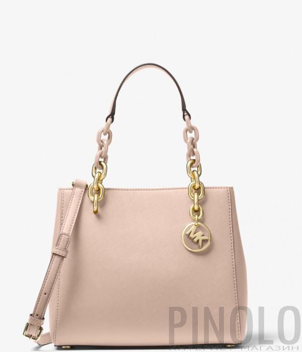 9251f0bd6337 Сумка Michael Kors Cynthia из сафьяновой кожи нежно-розовая - купить ...