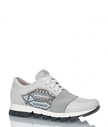 Белые кожаные кроссовки Tosca Blu с ярким узором из кристаллов