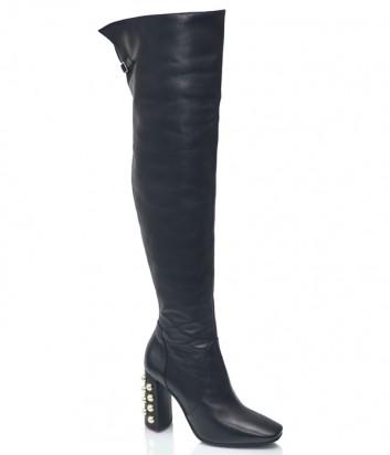 Черные кожаные ботфорты Spaziomoda 1072 с декором на каблуке