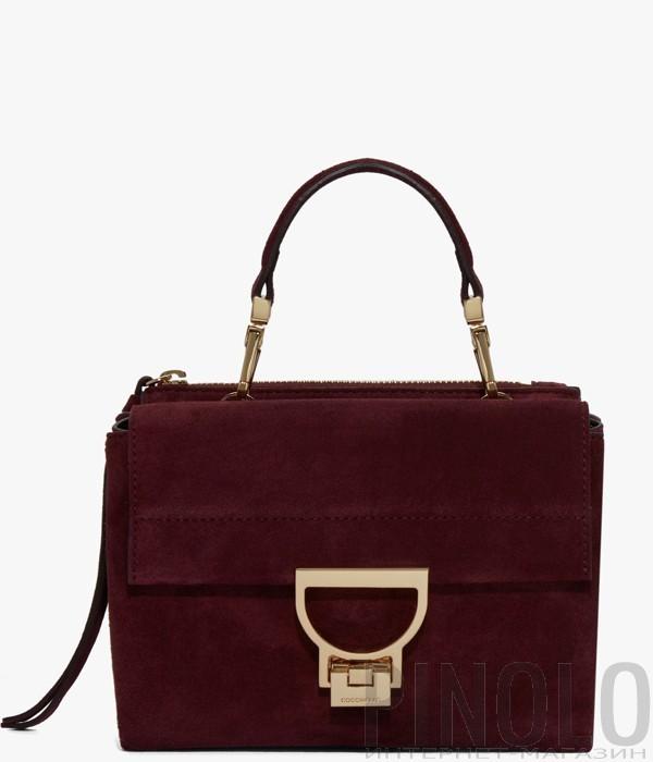 9c8ca715f1da Маленькая замшевая сумка Coccinelle Arlettis с откидным клапаном бордовая