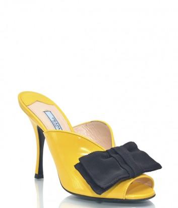 Желтые лаковые мюли Prada 1162 с черным бантиком
