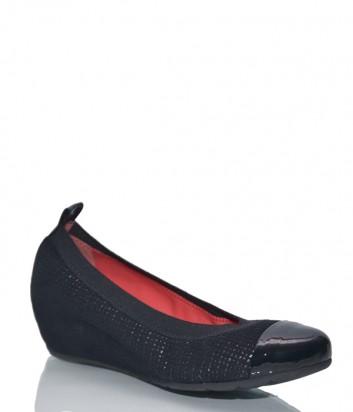 Черные замшевые туфли Pas de Rouge 207 с лазерным узором и лаковым носком
