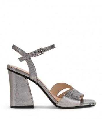 Кожаные босоножки Carmens 43026 на широком каблуке серебристые