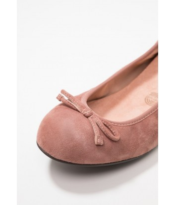 Замшевые балетки UNISA Acor розовые